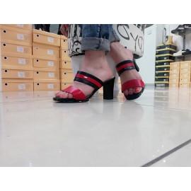 Дамски чехли с ток 909-8