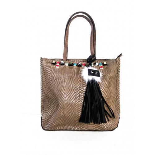 Дамска чанта 2261 беж кроко лак с цветни камъни и аксесоар-естествен пух - DICIANI