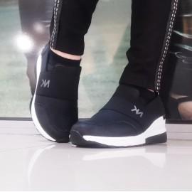 Дамски обувки US 5