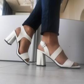 Дамски сандали 7015-white