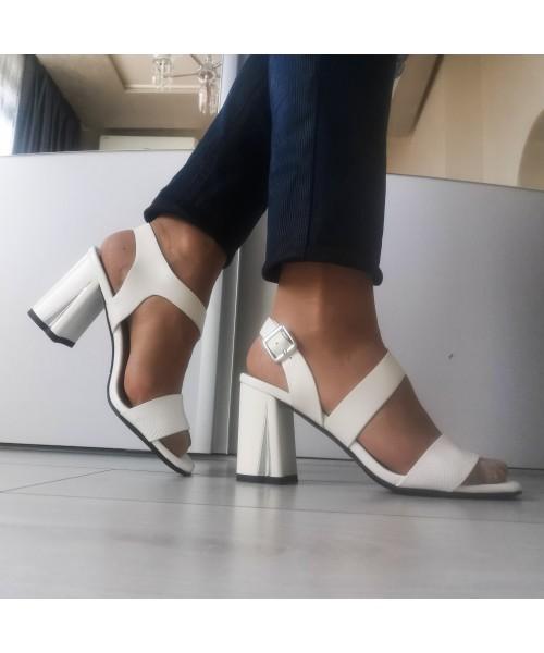 Дамски сандали 7015-white - DICIANI