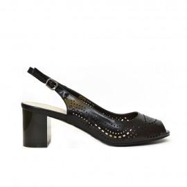 дамски сандал черен лак E1834-D940